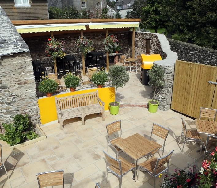 Union Park Dining Room: Church House Inn Totnes, Good Food Pub Totnes